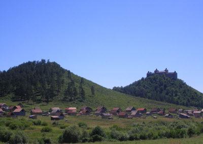 Romatelep a vár alatt Krasznahorkaváralján
